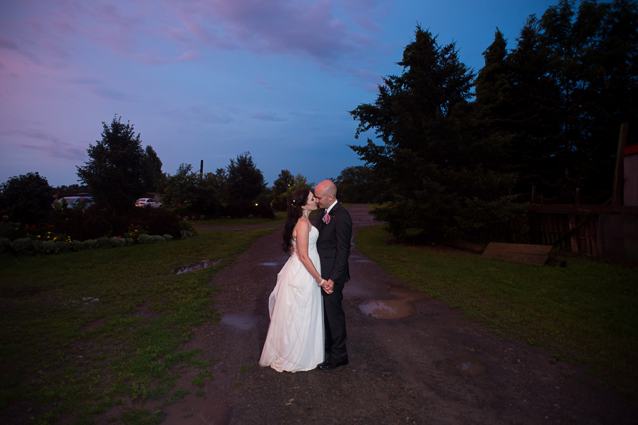 Becker-Farms-Vineyards-Wedding-Sunset-786