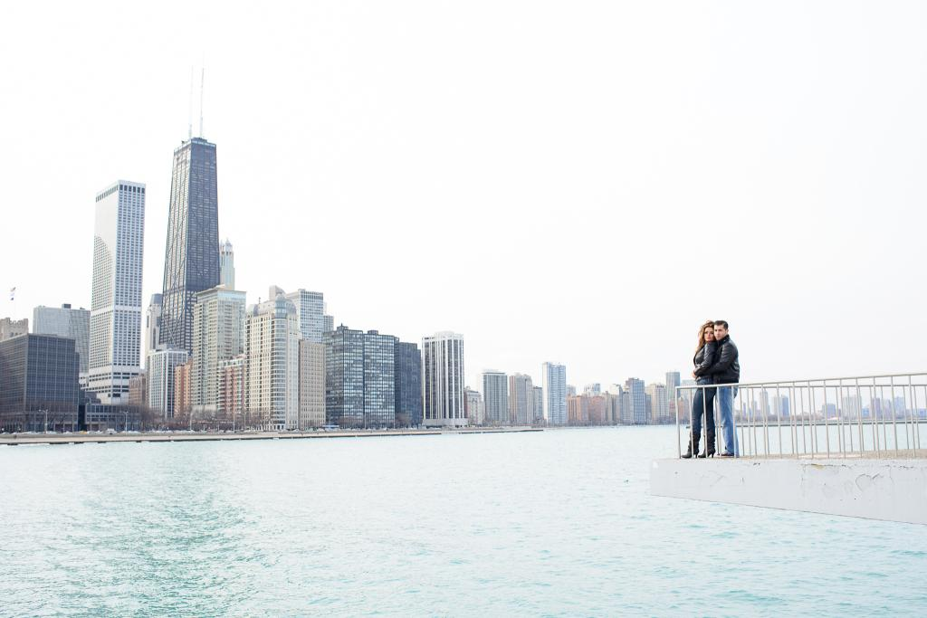 Blog_Chicago-engagment-photography-olive-park-navy-pier-downtown-skyline (12 of 14)