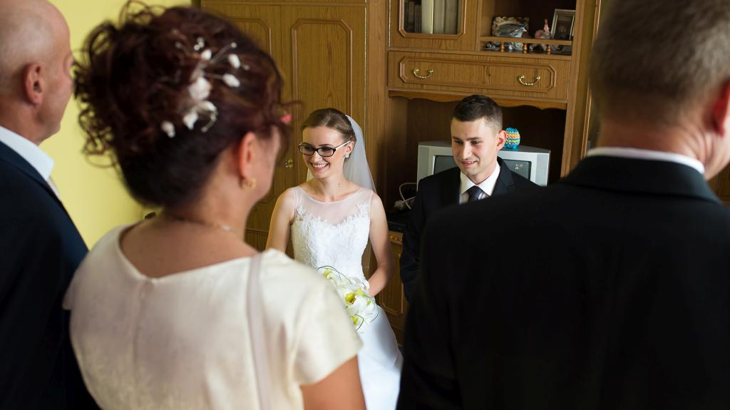 Blog_Chicago-wedding-photography-destination-wedding-poland-traditions-blessing