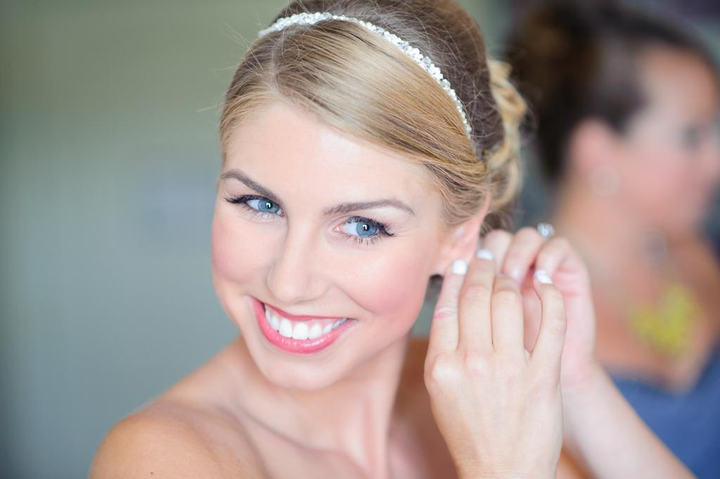 Blog_bride-getting-ready