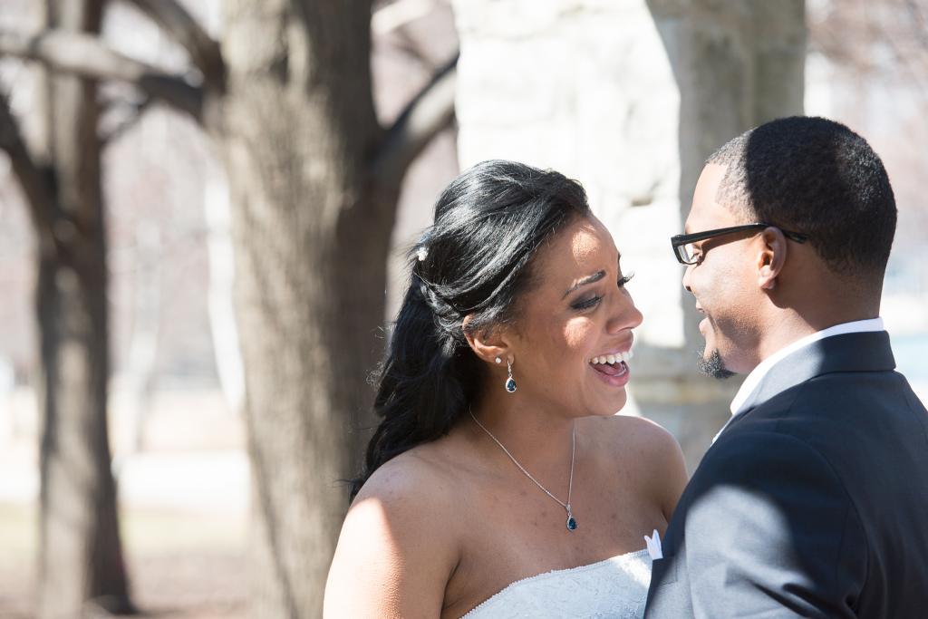 Blog_chicago-olive-park-bride-groom-portrait-skyline (15 of 20)