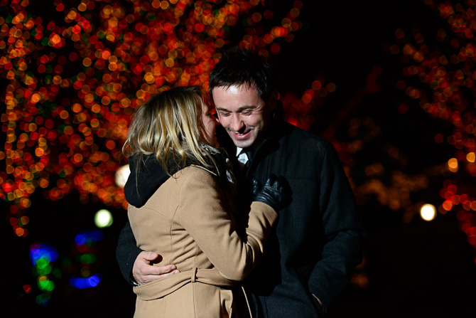 Blog_chicago-wedding-photographer-Lincoln-park-zoo-lights-chicago-engagement-session-8536