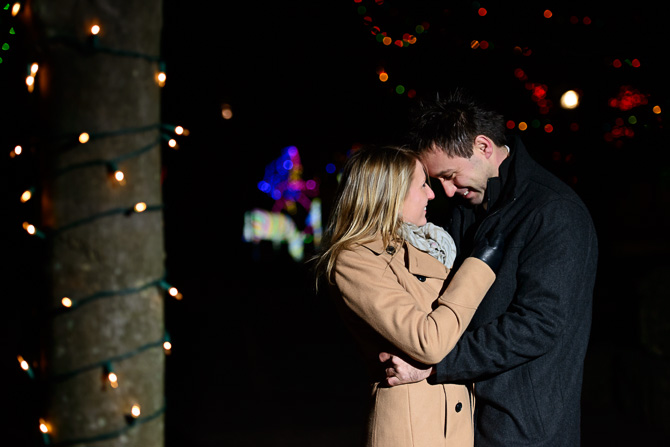 Blog_chicago-wedding-photographer-Lincoln-park-zoo-lights-chicago-engagement-session-8748