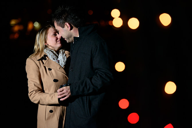 Blog_chicago-wedding-photographer-Lincoln-park-zoo-lights-chicago-engagement-session-8791