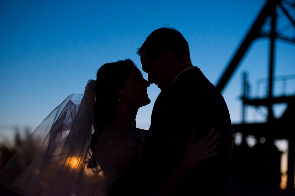 Blog_chicago-wedding-photography-art-gallery-art-revolution--069
