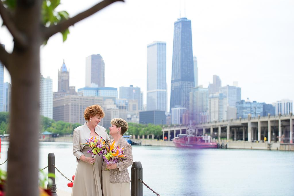 Blog_same-sex-marriage-wedding-alice-millar-chapel-mustang-navy-pier-skyline-rive-reception (4 of 5)