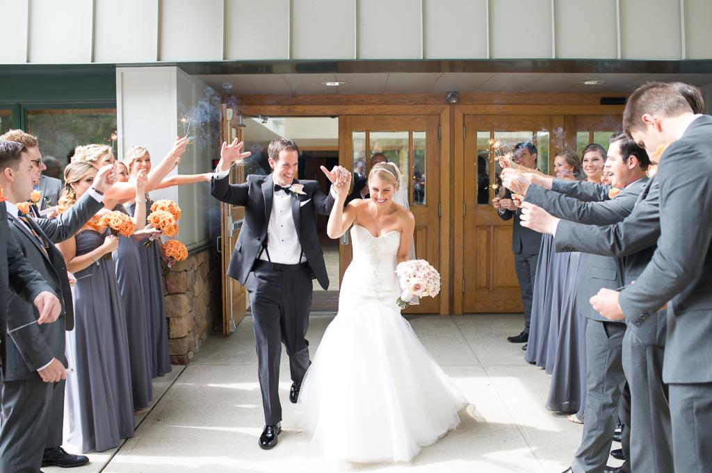 Blog_sparkler-exit-wedding-photography