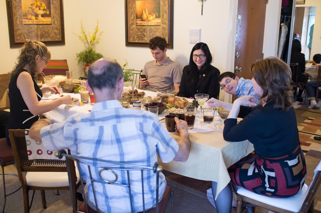 Blog_Polish-easter-tradition-family-friends