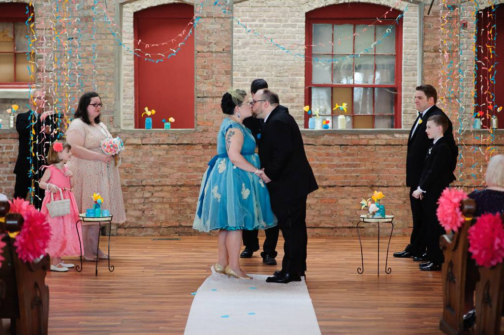 Starline-factory-harvard-il-reception-venue-ceremony-diy-decorations (101 of 122)